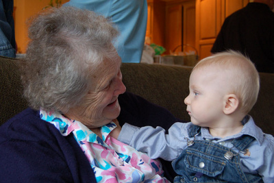 Meeting Great-Grandma Gohlke for the first time (in person)